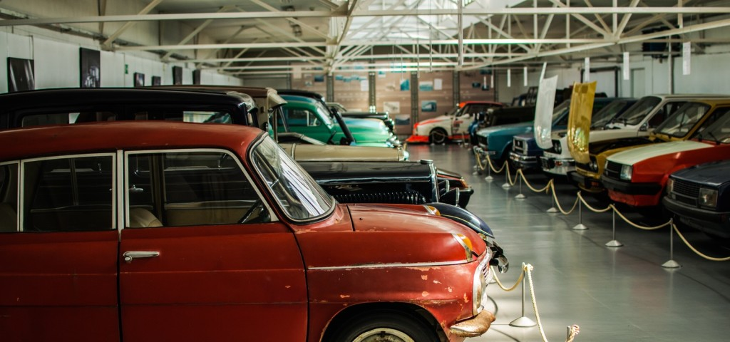 Are Classic Cars a Good Investment? What You Need to Know Before You ...