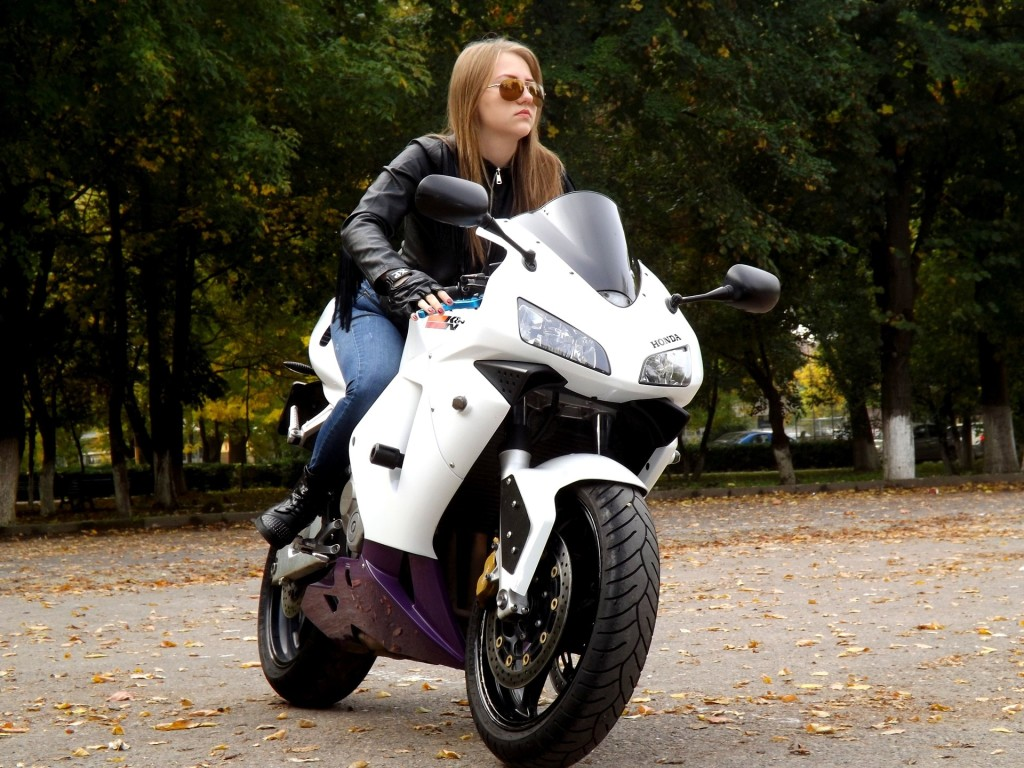 Motorcycle Clubs for Women - riding motorcycle